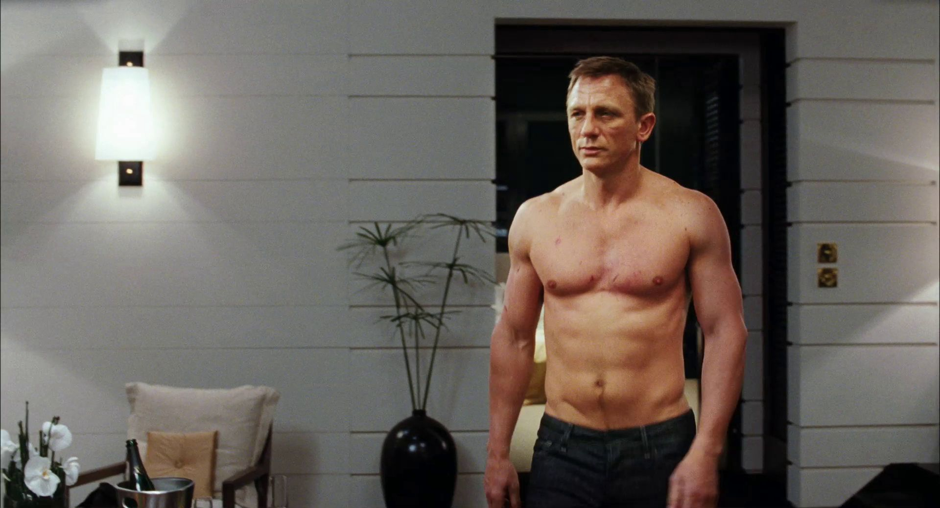 The Confidential Daniel Craig Workout Get Big And